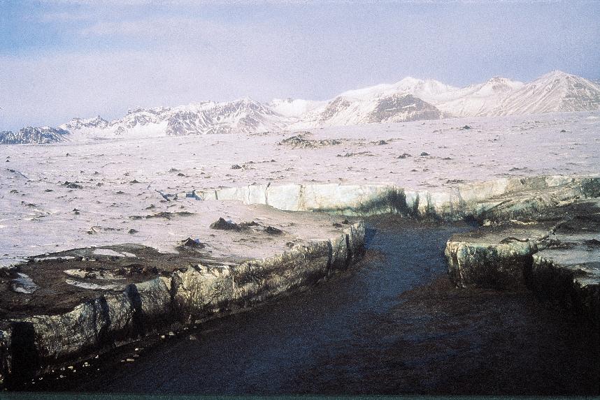 GlacierBreakUp