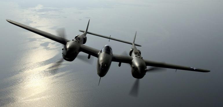 688-p38-lightning-in-flight