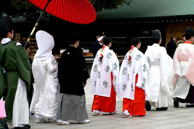 wedding-procession