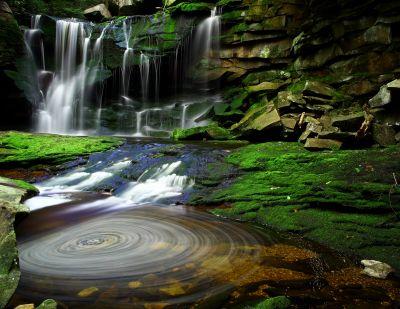 9494-elakala_waterfalls