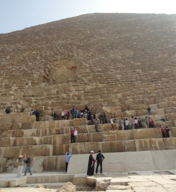 9626-great-pyramid-giza-sm