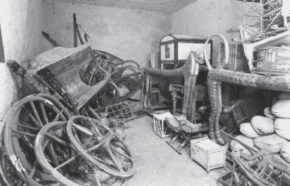 9626-tut-tomb