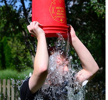 ALS-ice-bucket-challange