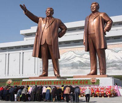 9929-statues