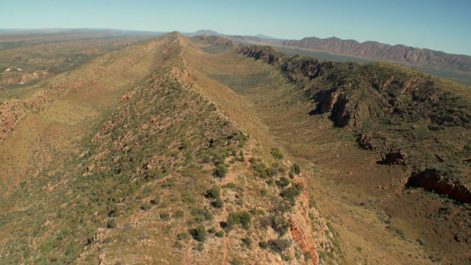 11425-macdonnell-ranges