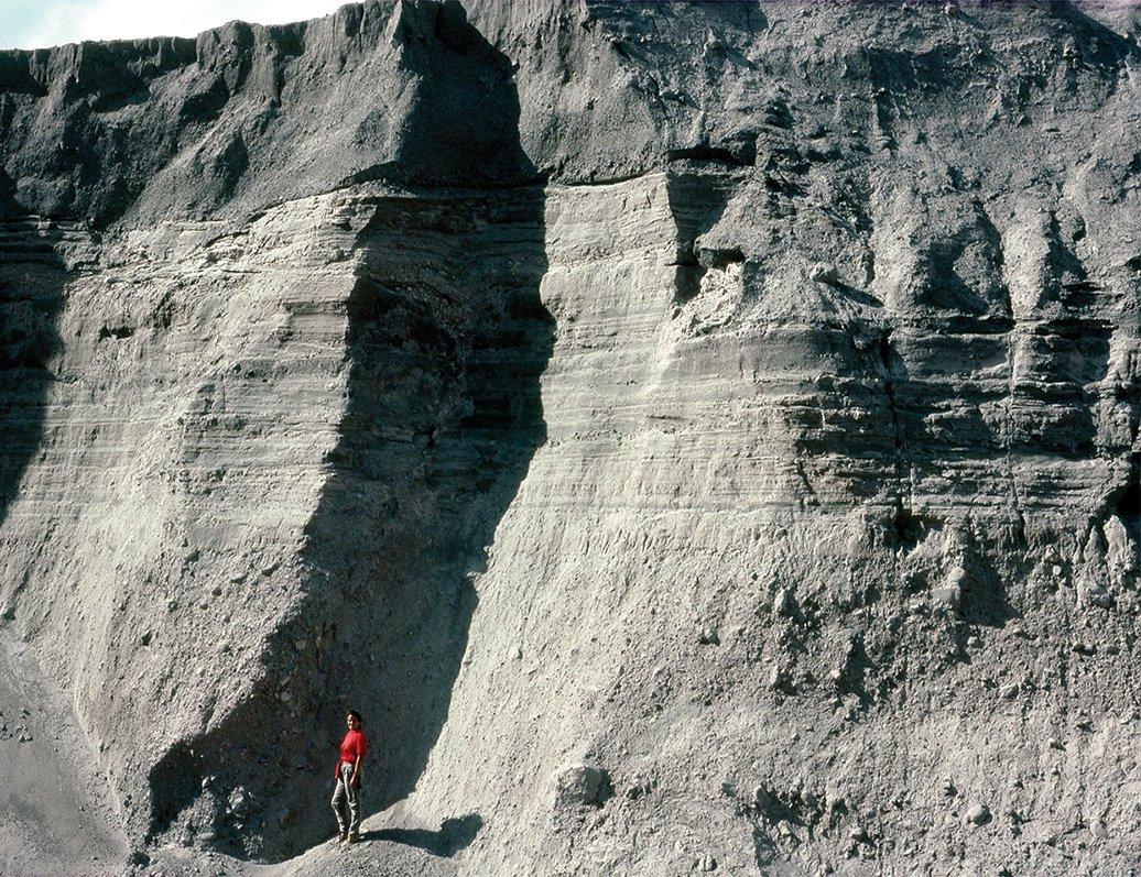 11976-cliff