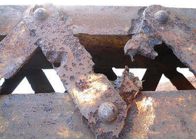 corrosion-Nandu-River-Iron-Bridge