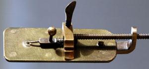 a-Leeuwenhoek-microscope