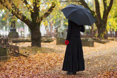 mourning-lady