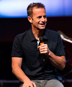 Kirk-Cameron-speaking