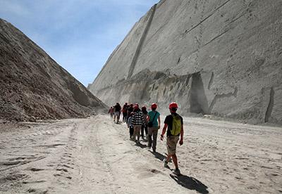 Cal-Orcko-group-walk