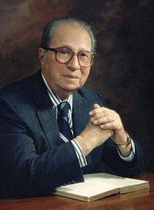 Dr-Mortimer-Adler