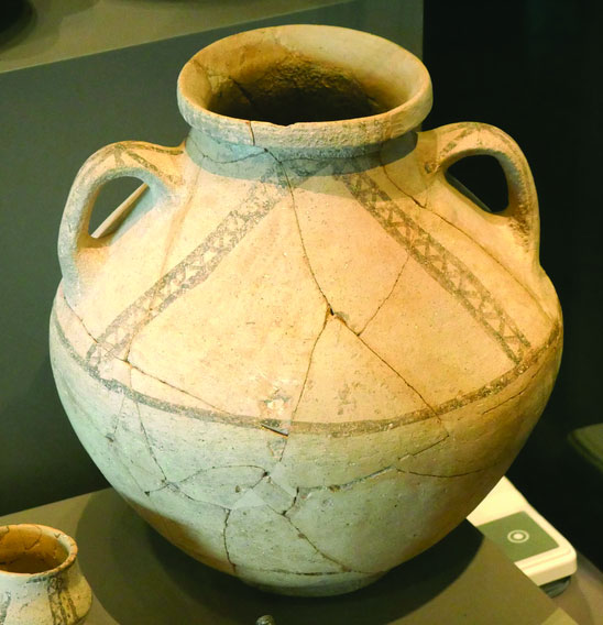 Late-Bronze-II-Canaanite-pottery