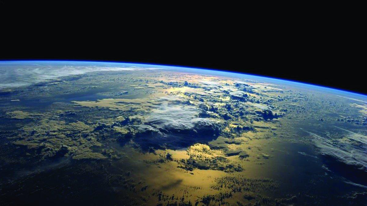 14344-atmosphere