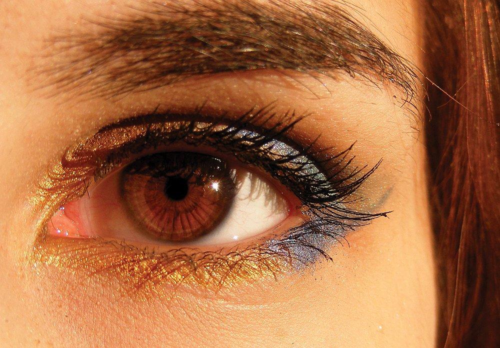 14517-eyebrow