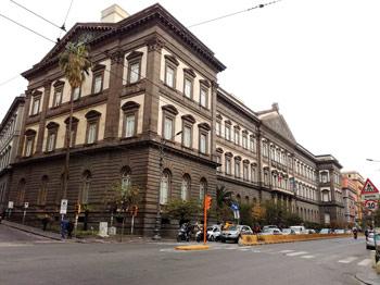Universita-Napoli